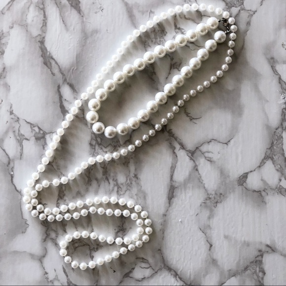 Forever 21 Jewelry - Pearl Necklaces